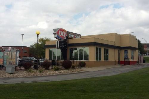 Dairy Queen – 170th & Center